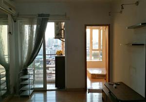 ZUI便宜的一套一房一厅,业主诚心出售