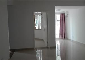 中心区三房空房出租。清爽装修,可办公用也可以住家