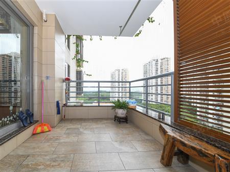 锦绣三期少有的170平米4房,高楼层无敌海景,南向